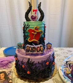 Despite many obstacles (including a broken oven) I was still able to get 10 dozen donuts & this Descendants cake. Fourth Birthday, Birthday Ideas, Slumber Parties, Birthday Parties, History Of Birthdays, Descendants Cake, Dozen Donuts, Awesome Cakes, Party Cakes