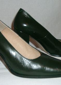 Schuhe dunkel-grün, Gr. 38