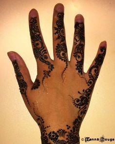 My hand! Henna by Henna Rouge. www.facebook.com/groups/hennarouge