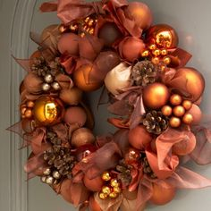 Christmas bauble display ideas that will put a creative spin on tradition | Ideal Home