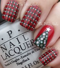 Looking for new nail art ideas for your short nails recently? These are awesome designs you can realistically accomplish–or at least ideas you can modify for your own nails! Xmas Nails, Get Nails, Fancy Nails, Love Nails, Christmas Nails, Pretty Nails, Hair And Nails, Red Christmas, Irish Christmas