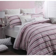 Poppy Pink Quilt Cover Set by Logan & Mason Platinum