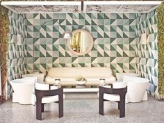 Wallpapered poolside cabana at the Viceroy Hotel in Beverly Hills. Chic!