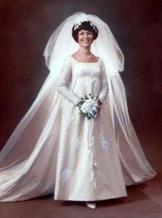 October 1970 - we celebrated our Wedding Anniversary this past October.I'm a vintage bride! 1970s Wedding Dress, Wedding Dress Backs, Classic Wedding Gowns, Vintage Wedding Photos, Wedding Dresses For Girls, Wedding Dress Trends, Vintage Bridal, Wedding Attire, Bridal Dresses