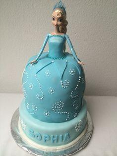 Barbie Frozen Elsa - Motivtorte für meine klein Nichte...
