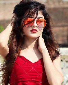 Cool Girl Pic, Cute Girl Face, Cute Girl Photo, Beautiful Girl Photo, Beautiful Girl Indian, Beautiful Girl Image, Stylish Girls Photos, Stylish Girl Pic, Stylish Boys