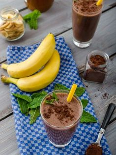 Chocolate Health Shake stock photos and royalty-free images, vectors and illustrations Health Shakes, Cooking Recipes, Healthy Recipes, Fruit Punch, Milkshake, Nutella, Chocolate Cake, Smoothies, Flora