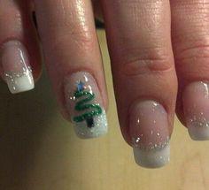 New Festive Christmas Nail Art Ideas – fashionist now – Nailart Christmas Tree Nail Art, Cute Christmas Nails, Christmas Nail Art Designs, Holiday Nail Art, Xmas Nails, Winter Nail Art, Halloween Nails, Christmas Decorations, Nailart