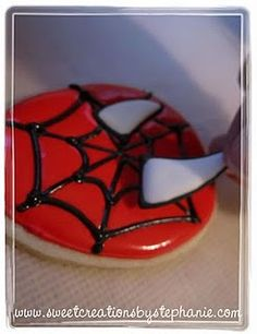 Spiderman Cookies DIY. I should make these for Isaac for his bday ;P