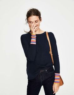 Weekends are more cheerful when you slip on this relaxed jumper. Rainbow cuffs and a stripe down the back for a playful, flattering look. It's luxuriously soft, knitted with a merino wool blend. Fall Outfits, Cute Outfits, Fashion Outfits, Women's Fashion, Best Cardigans, Cashmere Jumper, Pullover, Latest Fashion Trends, Spring Summer Fashion