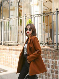 Kim Hye Ji - Jeans Set - 25.10.2017 - Imgur