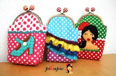 www.pikapic.es Fundas para gafas flamencas. Pikapic Frame Purse, Diy And Crafts, Coin Purse, Patches, Brooch, Crafty, Quilts, Wallet, Sewing
