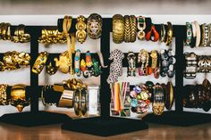 Lindsay Segal Luxury Garage Sale-Home Tour, Pictures Make A Closet, Pop Up Market, Luxury Garage, Luxury Office, House Tours, Fashion Accessories, Vintage, Organize, Dressers