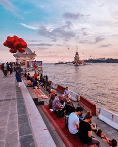 Have a Relaxing Evening in Istanbul! Wonderful Places, Beautiful Places, Istanbul Guide, Nature Photography, Travel Photography, Istanbul Travel, Istanbul City, Voyager Loin, Turkey Travel