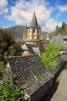 Conques, France by S. Lo, via Flickr  Sigfrid Lopez
