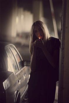 Cara Delevingne - Guy Aroch Photoshoot 2012 for Centrefold Magazine Guy Aroch, Women Smoking, Girl Smoking, Smoking Kills, Robert Doisneau, Portrait Photography, Fashion Photography, Image Photography, Photography Ideas