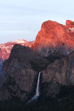 Bridalveil Fall at sunset from Tunnel View. Yosemite National Park CA [1728 x 2592] [OC]
