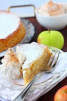 Omena-mutakakkua ja kanelikermaa - Suklaapossu Baking Recipes, Cake Recipes, Finnish Recipes, Savoury Baking, Pastry Cake, Everyday Food, Desert Recipes, No Bake Desserts, Yummy Cakes