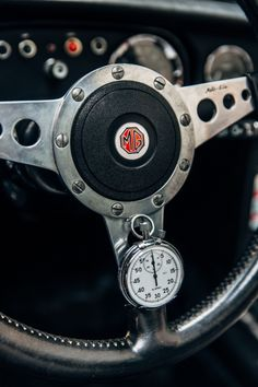 The advocate's devil – a very special MGB GT Mg Cars, Race Cars, Vintage Racing, Vintage Cars, Custom Dashboard, Interior Led Lights, Mg Mgb, Austin Healey Sprite, Automotive Logo