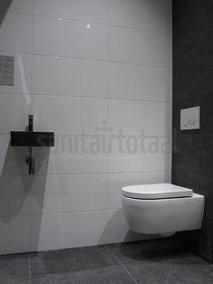 Toilet tegels inspiratie ideeen, witte wandtegel, grijs natuursteen, natuursteen toilet, inspiratie toilet, toilet ideeen