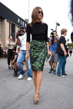 Good length for skirt. Can't say I'm bothered by photogs trailing me like this. Hmmm.
