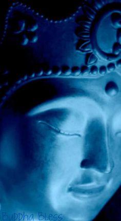 Buddha Face, Buddha Zen, Gautama Buddha, Buddha Buddhism, 14th Dalai Lama, Buddhist Philosophy, Sacred Art, Finding Peace, Blue Aesthetic