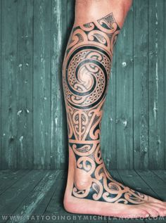 Mezza gamba Maori maori style tattoos blackwork Tattoo by Michelangelo Tribal tattoos Tatuaggi tribali
