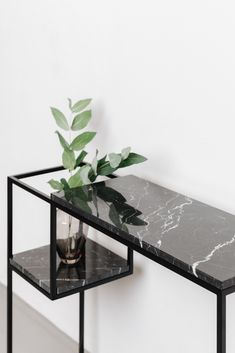 Marble Furniture, Metal Furniture, Industrial Furniture, Furniture Decor, Furniture Design, Unique House Design, Design Your Home, Wood And Metal Desk, Hallway Console