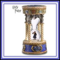 #HarryPotterSnowGlobes are perfect if you are looking for unique Harry Potter Gifts. Great gift for any #HarryPotter fan.