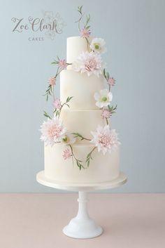 sugar flower wreath wedding cake