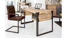 Vous rechercher un bureau au style brut et authentique ? Ce bureau industriel 4 tiroirs sera idéal. Un mélange de bois et de métal avec des tiroirs de rangements Industrial Interior Design, Industrial House, Industrial Interiors, Bureau Design, Loft Design, House Design, Teak, Style Loft, Loft Interiors