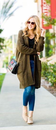 Khaki long cardigan cute outfit