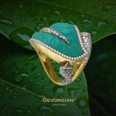 "Кольцо ""В ожидании чудо..."" #Gevorgian #jewelry #gevorgianjewelry #jewelrybrand #russianbrand #кольцо #Amazing #exclusive #ring #russia #russianbrand #кольцо #бриллианты #лист #гусеница #хризопраз #gemstone"