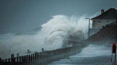 Storm waves battering UK coastline Stock Photography