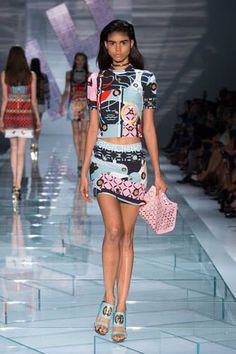 Versace Spring/Summer 2015 - Milan Fashion Week #MFW