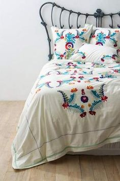 Scandinavian Folk Designs | ... Scandinavian country design. The bright colors of the embroidery are