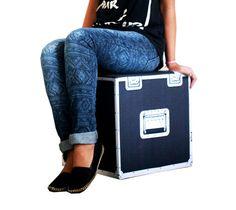 Pufe Caixa de Som DJ (40cm x 40cm x 40cm)