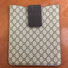 Authentic Gucci guccissima canvas leather  case 100% authentic Gucci Guccissima canvas leather IPad case/sleeve 9x10. Great condition.  PLEASE SHARE THIS ITEM WITH  OTHERS Gucci Bags Laptop Bags