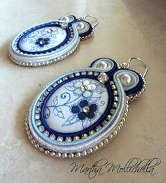 soutache parure earrings and pendant handmade in Italy by Martha Mollichella soutache Soutache Pendant, Soutache Earrings, Handmade Necklaces, Handmade Jewelry, Soutache Tutorial, Italian Jewelry, Polymer Clay Charms, Beaded Jewelry, Jewelry Making