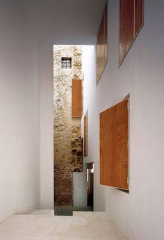 On Diseño - Proyectos: Rehabilitación de cinco viviendas y un local en barrio del Pópulo. MGM Arquitectos