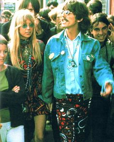 George Harrison and Pattie Boyd visiting Haight-Ashbury - 1967 (they're matching!)