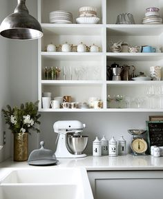 This is Great White Kitchen Cabinets With Open Shelving for your home decoration Bistro Kitchen, Farmhouse Style Kitchen, Open Kitchen, Farmhouse Decor, Shelving Design, Open Shelving, White Kitchen Cabinets, Kitchen Shelves, Beautiful Kitchens