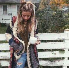 Boho Chic Style House, Fashion Clothes For Pregnant Ladies … Boho Jumper Fashion. Boho Chic Style House, Fashion Clothes For Pregnant Ladies from Does Fashionnova Have Guy Clothes our Plus Size Boho Fashion Australia Winter Hippie, Winter Stil, Gypsy Winter, Look Hippie Chic, Looks Hippie, Boho Look, Moda Hippie, Moda Boho, Hippie Gypsy