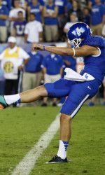 University of Kentucky true freshman punter Landon Foster has been honored as Honorable Mention Punter of the Week by the College Football Performance Awards, based on his efforts vs. Arkansas on Saturday. University Of Kentucky Football, Kentucky Wildcats, College Football, Freshman, My Favorite Part, Arkansas, The Fosters, Awards, Running