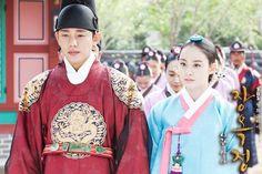 """Yoo Ah In  Kim Tae Hee in """"Jang Ok Jung"""" series"""