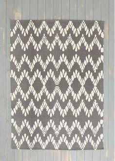 ★関税込★アーバンアウトフィッターズ Chevron Handmade Rug