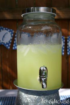 lemonade stand - yum!
