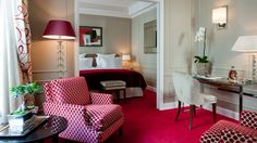 Hotel Le Burgundy Paris