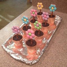 Edible Crafts, Food Crafts, Sugar Cones, Easter Treats, Cooking With Kids, Easter Recipes, Party Snacks, Holiday Treats, Creative Food