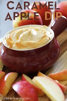 Recipe For Caramel Apple Dip - This dip is so simple to make, whips up in minutes and tastes absolutely incredible! The perfect fall treat or dessert appetizer!---and I will finally eat fruit! Caramel Recipes, Apple Recipes, Fall Recipes, Dip Recipes, Pumpkin Recipes, Think Food, Love Food, Dessert Dips, Dessert